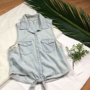 Forever 21 Chambray Front Tie Crop Top